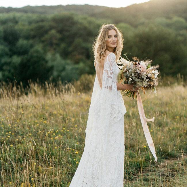 Boho Hochzeit Brautkleid rückenfrei