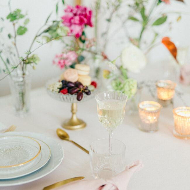 Tischdekoration romantische Hochzeit